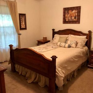 Queen bed in your short term executive housing