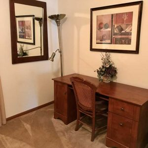 Quiet office space in a corporate housing rental